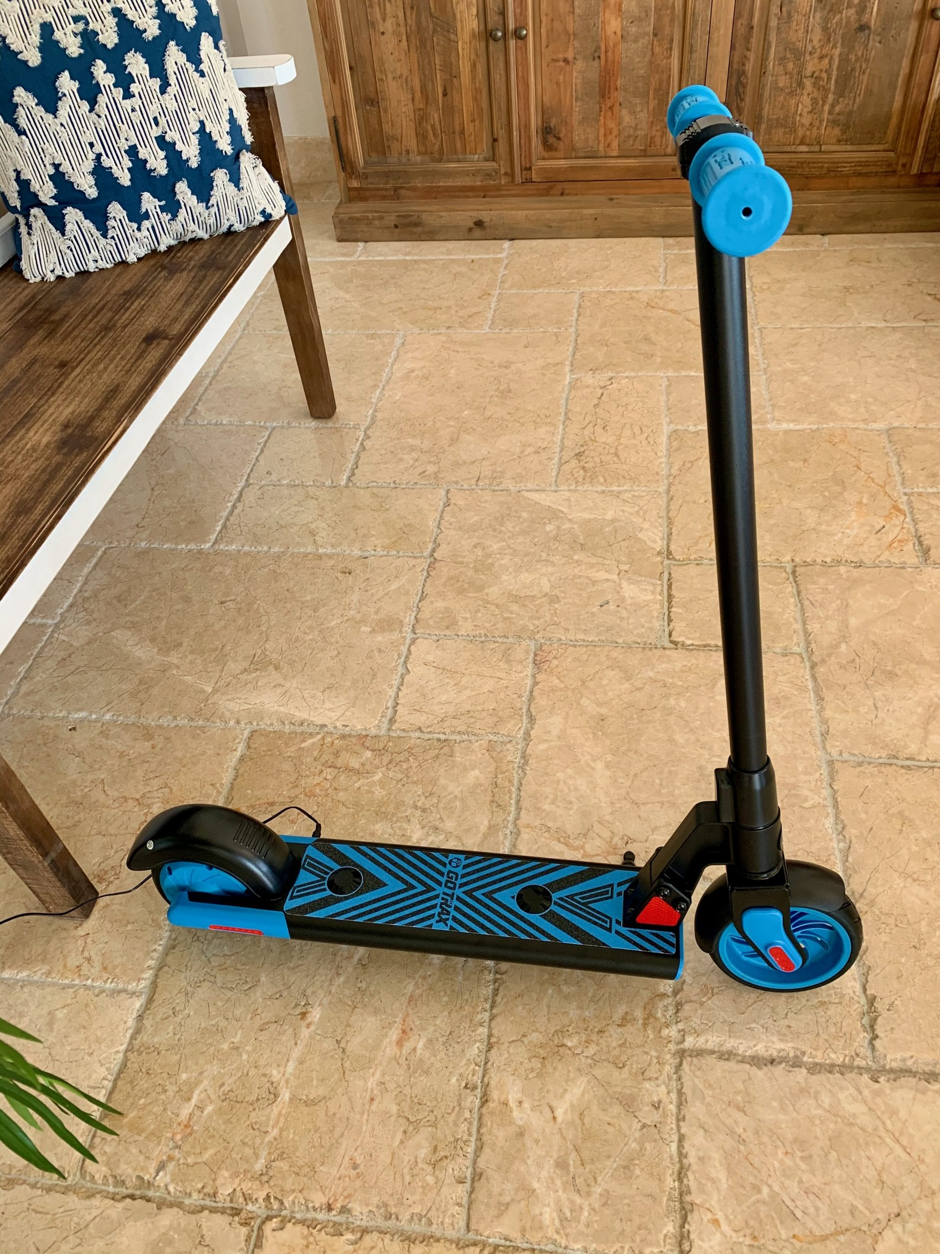 GoTrax GKS Electric Scooter