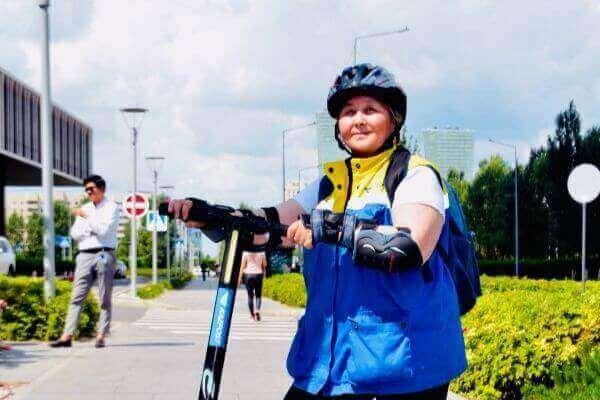 electric scooter helmet